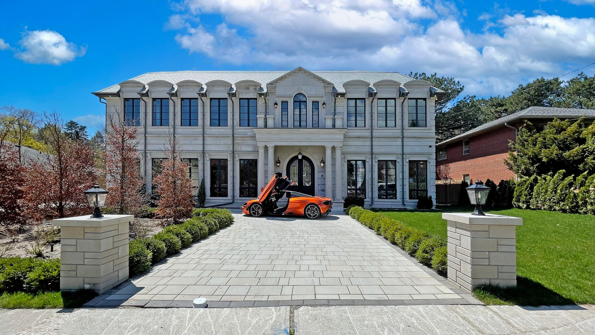 luxury real estate homes